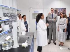 """这些已被疫苗""""治愈""""的特殊晚期肺癌患者受到了西班牙国王的接见"""