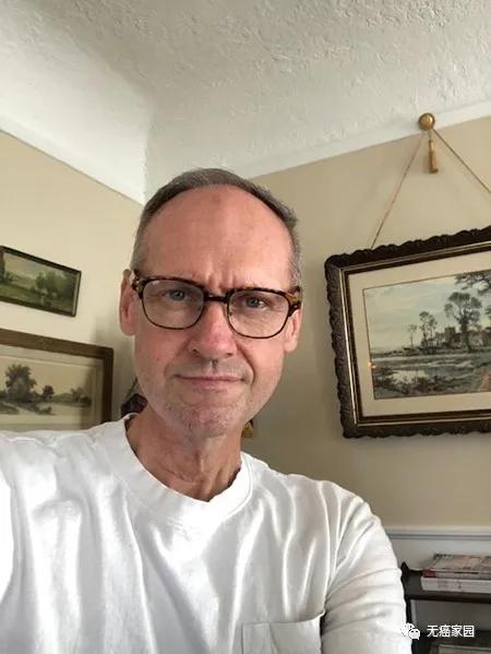 头颈癌患者伯纳德·瑟曼