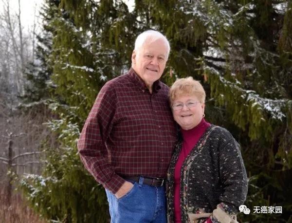 CAR-T治疗后重生的Jalbert和妻子在旅途中